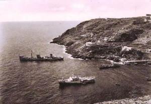 Ustica - tre navi alla fonda