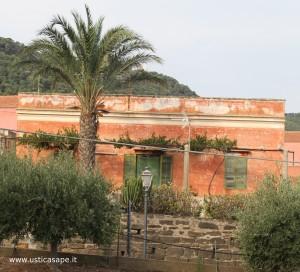 Antica casa di periferia