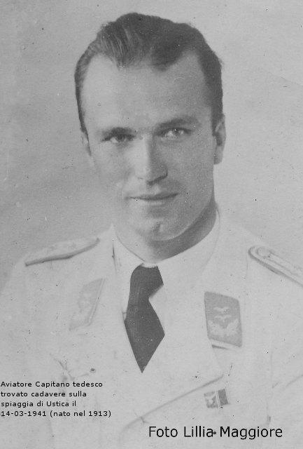 Aviatore Capitano Tedesco trovato cadavere sulla spiaggia di Ustica il 14-03-41
