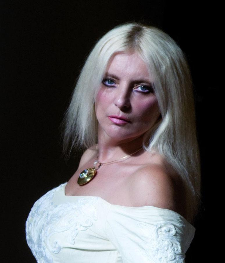 """Lirica, """"Concerto di Natale"""" con la partecipazione straordinaria del mezzosoprano e compositrice Teresa Nicoletti"""