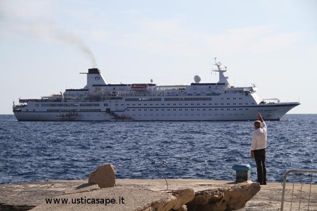 nave da crociera FTI Berlin Valletta