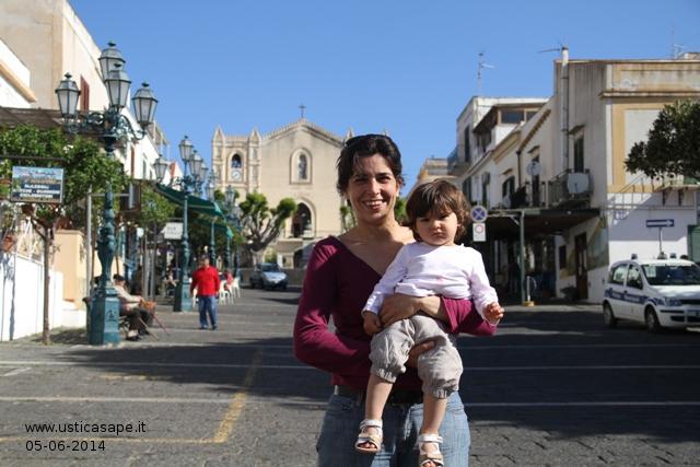 F.C.4473a Margherita Longo con la piccola Gemma