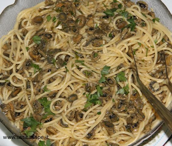 gustosissimo piatto di pasta e patelle