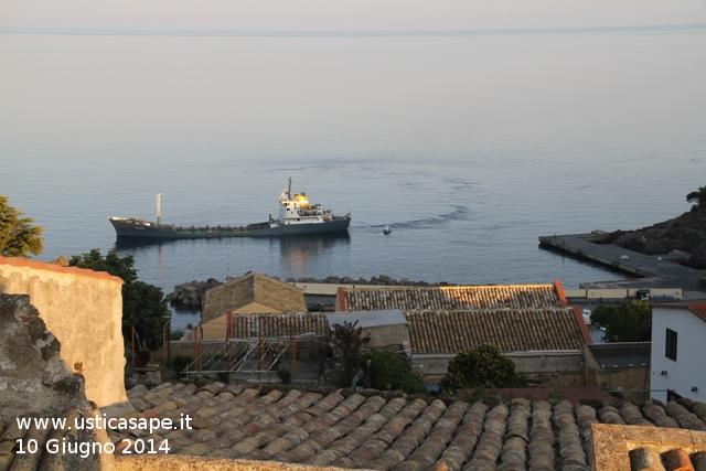 Arrivo Nave Cisterna Valais - trasporto acqua