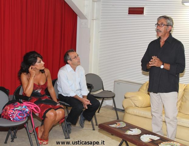 Teatro Comunale di Ustica – Nicola La fata presenta Stefania Mulè