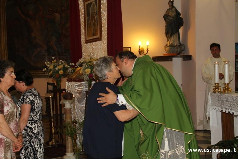Padre Lorenzo ha fatto la promessa di vita evangelica nell'ordine Francescano Secolare