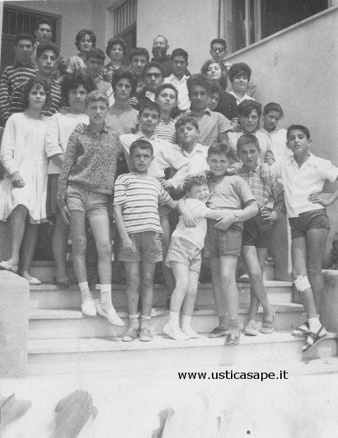 F.A.1054 Scolaresca ora di religione  15-06-1962