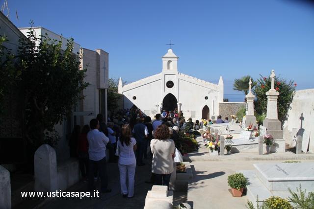 Santa Messa al Cimitero