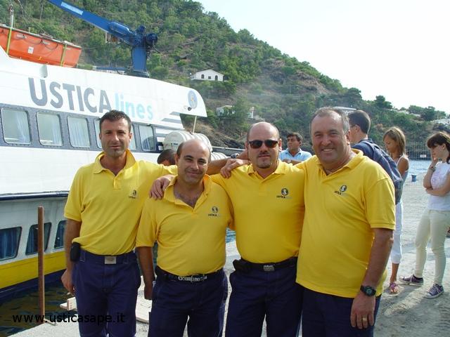 Marinai della Ustica Lines - tratta Napoli / Ustica
