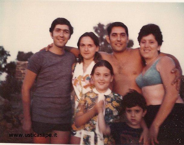Fratelli Tranchina con mogli e figli