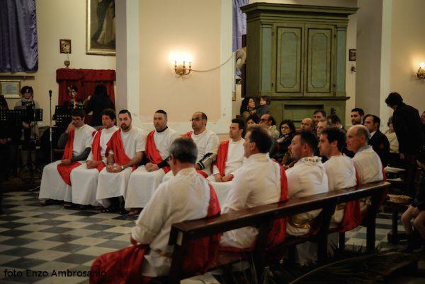 Apostoli in chiesa4