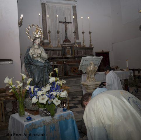 Vergina Maria con Corona e Don Lorenzo