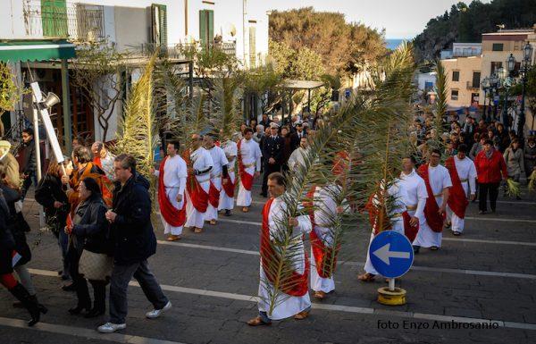 Apostoli in processione2