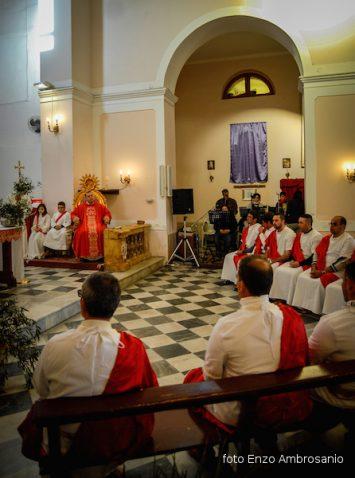 Apostoli in chiesa5