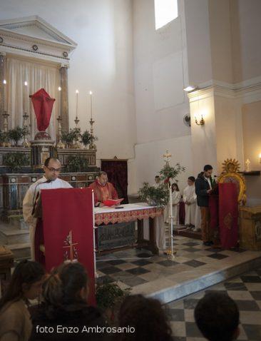 Celebrazione in chiesa domenica delle Palme Mattina2