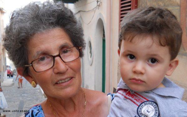 5 nonna con nipotino