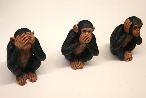 omertà Le tre scimmiette