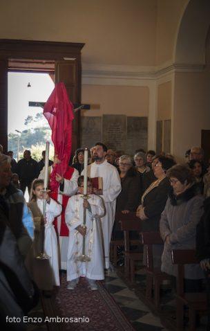Adorazione della Croce2