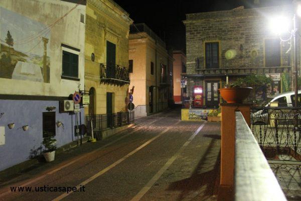F.C.5421 Angolo della piazza di notte
