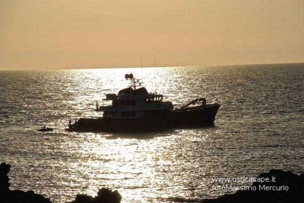 Tramonto-con-barca