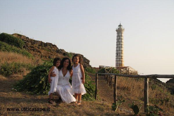 Sara ed Elena con la mamma