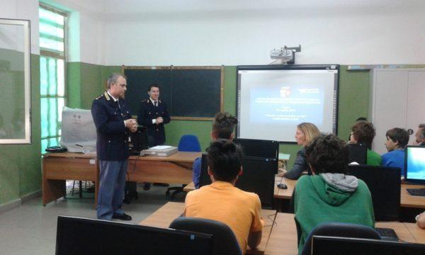 Conferenza Polizia Postale Scuola