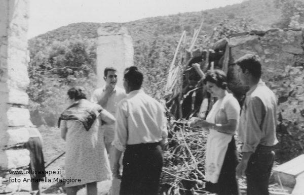 Famiglia Onofrio Maggiore in campagna