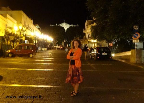 piazza di notte