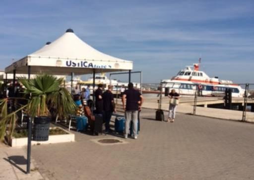 Isole-minori-Ustica-Lines-