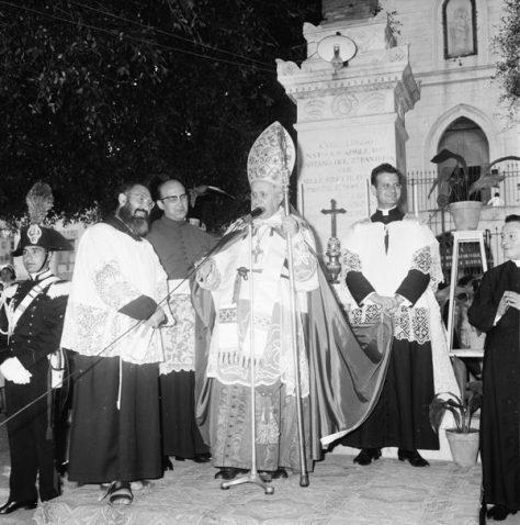 Ustica, incontro con il Cardinale occasione Cresima