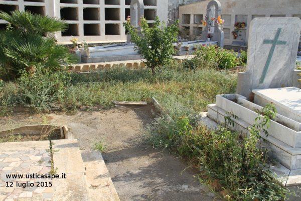 incuria e abbandono Cimitero