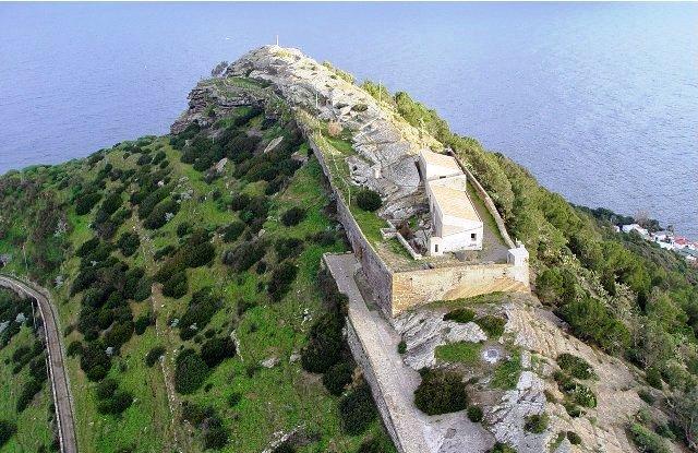 Rocca della Falconiera vista dall'alto