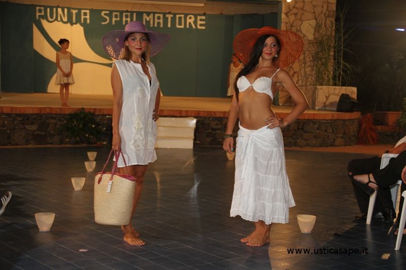 Miss Isola di Ustica e Miss volto Fell Rouge 2015 2 gruppo