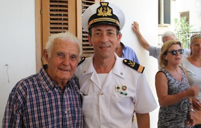Saluto al veterano pescatore re delle ricciole