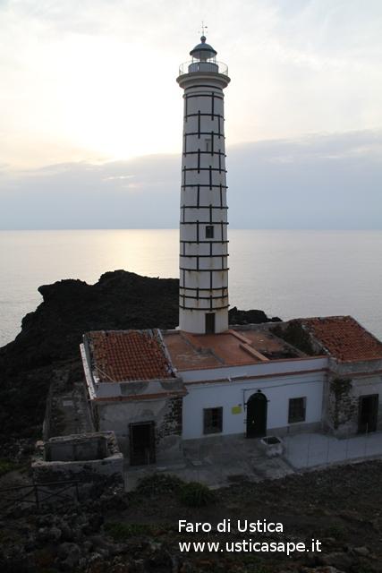 Faro Punta Cavazzi Ustica