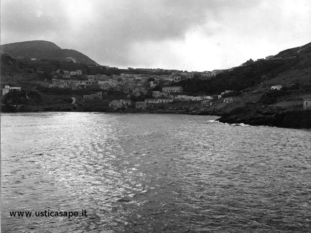 Ustica, cosa vedevamo arrivando da Palermo