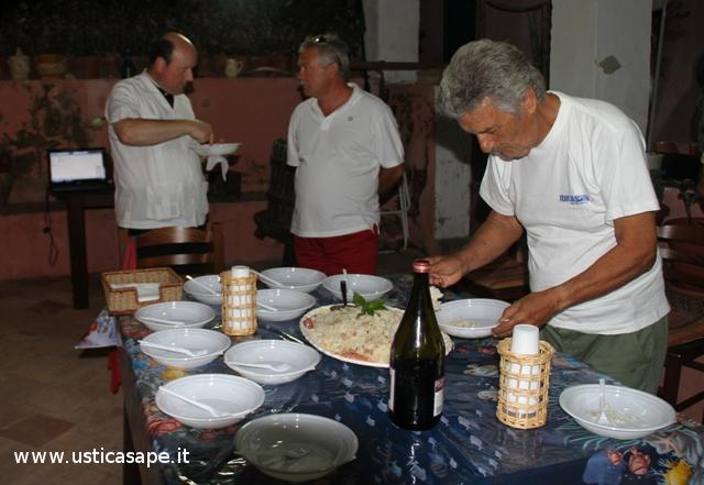 Cena a base di cicerchie e insalata di riso