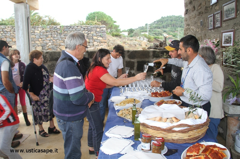 Ustica, inaugurazione frantoi per olive