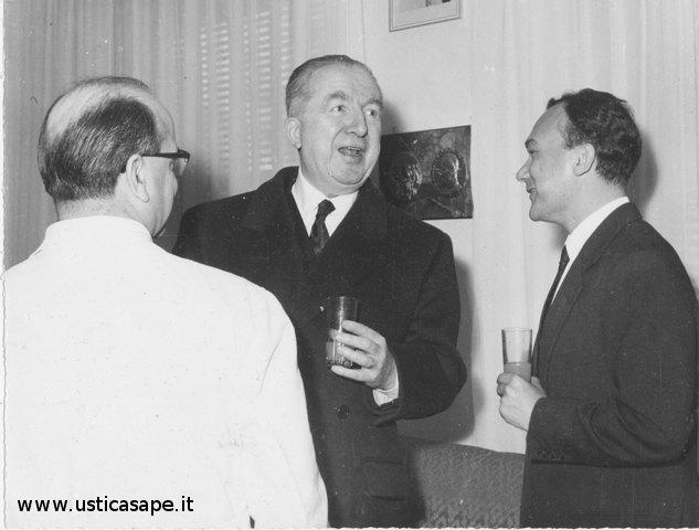 Il sindaco Lillo Maggiore riceve Saragat e Craxi