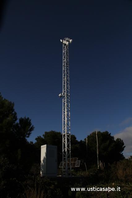 Antenna con webcam anti bracconaggio e ricevitori
