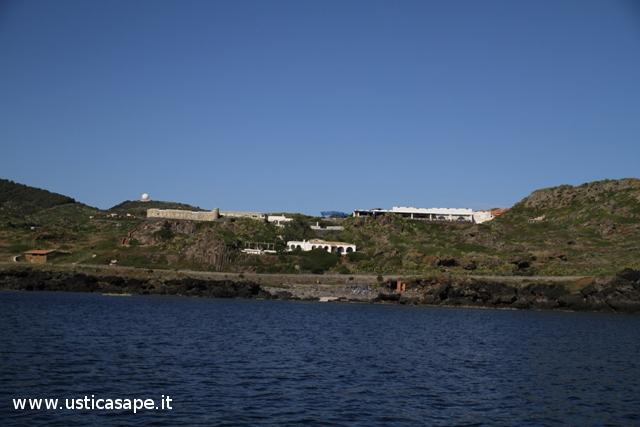 Ustica, Villaggio  e Radar visti dal mare