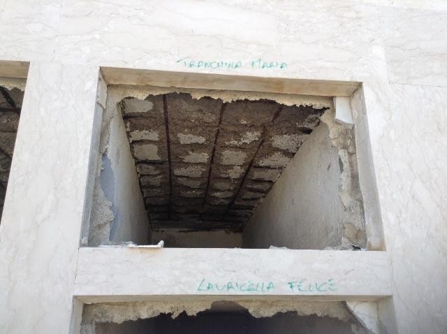Loculo al terzo piano ammalorato