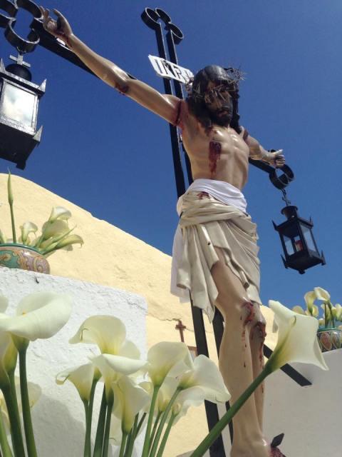 Ustica, venerdì Santo, Gesù in Croce