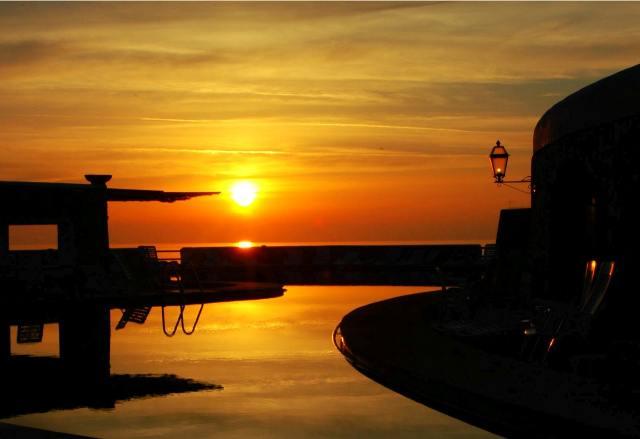 Ustica spalmatore, favoloso tramonto