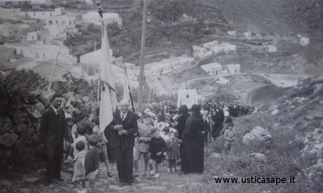 molto partecipata la processione del Corpus Domini