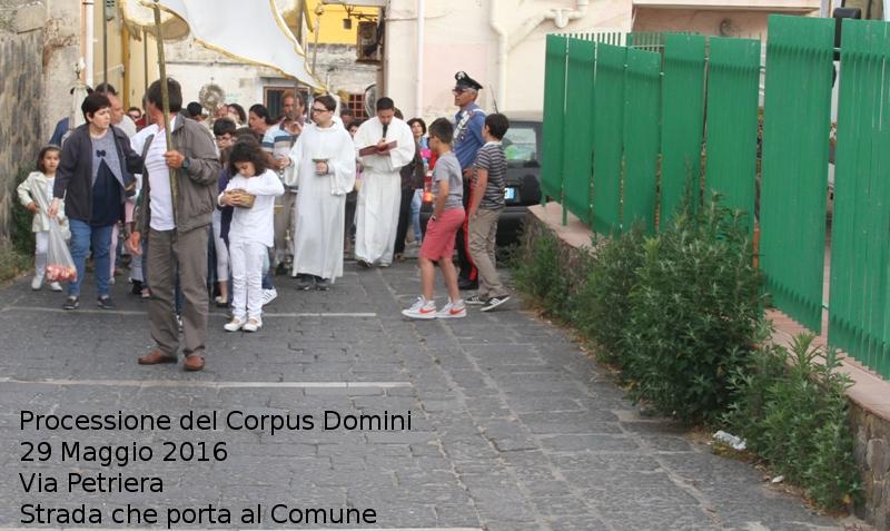 Ustica Via Petriera, Processione del Corpus Domini