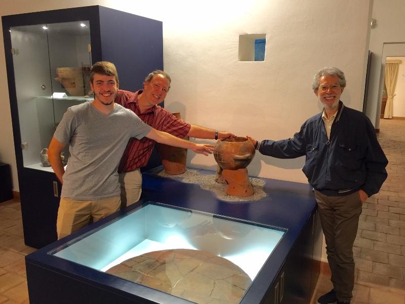 Prof. Tykot con il figlio Mattew al Museo Archeologico
