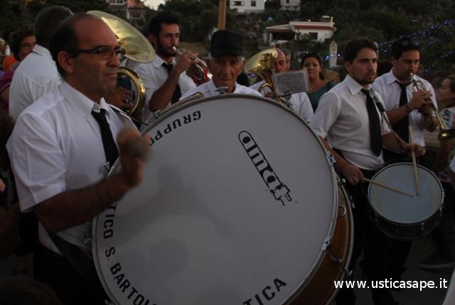 F.C.4806-Componenti-Banda-Musicale-Ustica-