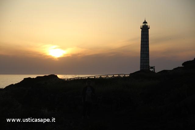 F.C.7740 Faro Punta Cavazzi al tramonto