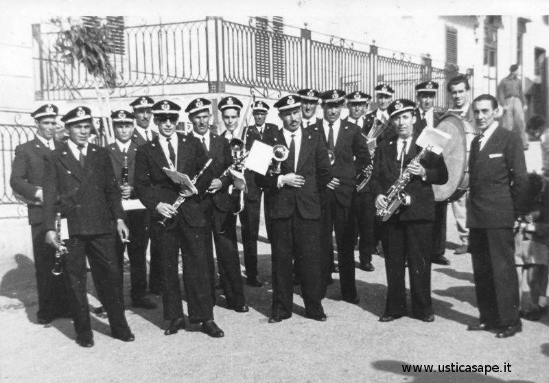 Banda Ustica 1958